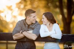 fall_autumn_friendswood_engagement_portaits_05