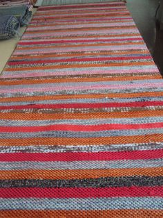 Äkin kankurit Leather Art, Woven Rug, Scandinavian Style, Pattern Design, Projects To Try, Weaving, Textiles, Rag Rugs, Finland