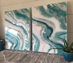 Dusty teal silver and white geode style epoxy resin painting with glass swarovski crystals glitter and shine set of 2 SOLD Dusty Teal Silber und Weiß Geode Stil Epoxidharz Malerei Resin Wall Art, Epoxy Resin Art, Flow Painting, Pour Painting, Kiss Painting, Acrylic Pouring Art, Acrylic Art, Diy Canvas, Canvas Wall Art