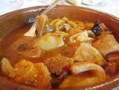 Mondongo (callos, tripa) con salsa de tomate
