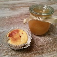 Sahnige Karamellsoße für Mini- Käsekuchenmuffins. Ich bin begeistert von der Soße ☺ #ostseeküche #muffins #karamellsoße #selbstgemacht