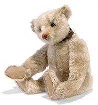 A STEIFF WHITE TEDDY BEAR, (5343,1), jointed, mohair, soft s