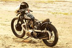 El Solitario MC (Truimph T120R)   Spanish survival / ratbike. grungy, custom paint job by some english songwriter.
