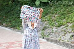 I made a small size messenger bag free pattern and am sharing it here. I have a larger size available as well. Both are perfect for kids to carry around. Messenger Bag Patterns, Girls Messenger Bag, Little Ones, Little Girls, Quilting 101, Kids Patterns, Sewing For Kids, Small Bags, Fashion Bags