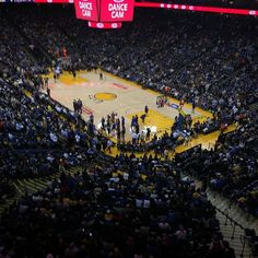First game of the new season!! Let's get #12 #goldenstatewarriors #goldenstateofmind #warriors #basketball #nba