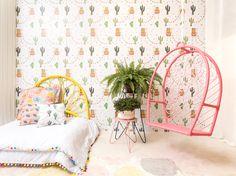 #lhama #paineladesivo #quartosdecriança #montessoriano #balanço #decoraçãoinfantil #decorforkids #quartoinfantil #quartocharmoso #bohodecor #cabeceira #quartodemenina #designbrasileiro #decoração Hanging Chair, Furniture, Design, Home Decor, Products, Concrete Slab, Kids Swing, Children's Swing Set, Tree Canopy