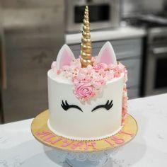 Birthday party cake 31 new ideas Buttercream Birthday Cake, Cupcake Birthday Cake, Birthday Cake Girls, Unicorn Birthday, Cupcake Cakes, Unicorn Party, Unicorne Cake, Cake Smash, Cake Pops