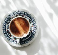 Retro Coffee Logo - - Coffee And Books Doodle - Turkish Coffee Reading, Turkish Coffee Cups, Coffee And Books, Coffee Logo, Iced Coffee, Coffee Drinks, Coffee Creamer, Coffee Shops, Coffee Enema