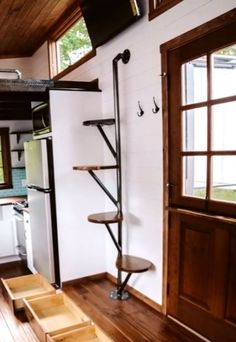 Few Breathtaking DIY Stairs Projects - In most of the houses stairs are just being used from taking you from one point to another. If your stairs do the same purpose only then you are missi. diy Few Breathtaking DIY Stairs Projects - Diana Phoneix Tiny House Stairs, Tiny House Loft, Attic Stairs, Tiny House Design, House Floor, Space Saving Staircase, Staircase Design, Staircase Ideas, Spiral Staircase