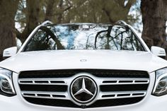 "Here comes a star - The ""Polar White"" Mercedes-Benz GLS. Photo for #MBphotopass via @mercedesbenzusa"
