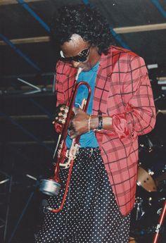 Kind Of Blue, Jazz Artists, Miles Davis, Album Covers, Style Icons, Tutu, Musicians, Garden Ideas, Blues