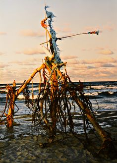 "Yury Ermolenko, ""BLACK DRAGON"" (Land art project ""Baltic - Hel""), 2003, Hel Peninsula, Baltic Sea, Poland #YuryErmolenko #юрийермоленко #ЮрийЕрмоленко #yuryermolenko #юрiйєрмоленко #ЮрiйЄрмоленко #юрийермоленкохудожник #landart #balticsea #sea #sky #amazing #RapanStudio #photo #photography #metaphysics #metaphysical #philosophy #installation #лэндарт #инсталляция #art #contemporaryart #modernart #magic #texture #лэндарт #poland #hel #helpeninsula #artproject #искусство #creative"