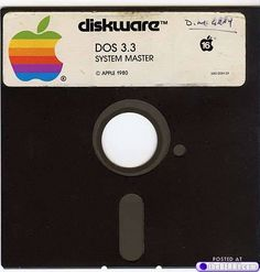 5 1/4 Floppy-disc (vintage compute / retro computer / apple computer vintage tech )