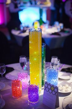 Amazing centerpiece at a glow in the dark themed Bar Mitzvah {Photo by Halberg Photographers} Glow In Dark Party, Glow Party, Bar Mitzvah Centerpieces, Party Centerpieces, Neon Birthday, Birthday Parties, 13th Birthday, Bat Mitzvah Party, Blacklight Party