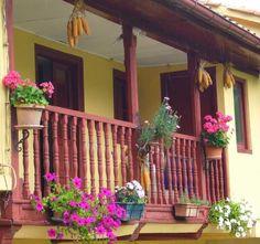 decoracion balcon con flores