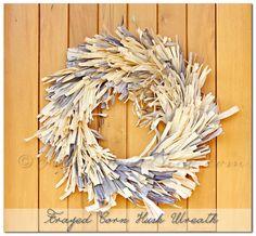 Frayed Corn Husk Wreath, corn husks, corn husk, how to make a wreath, fall decorating, fall crafts, fall craft ideas, fall wreath, wreath ideas