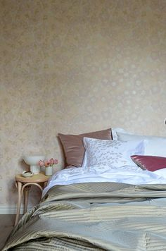 The wallpaper Windflower Blush - from Mimou is a wallpaper with the dimensions x m. The wallpaper Windflower Blush - belongs to the popu Washi, Blush, Bedroom, Wallpaper, Floral, Furniture, Home Decor, Decoration Home, Room Decor