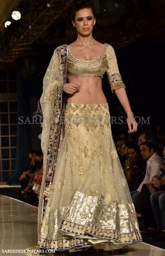 Delicate cream and gold Indian bridal lehenga. <3