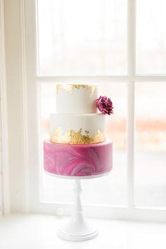 Wedding Cake - marble & gold leaf - Fayelicious Cake Studio - Utrecht