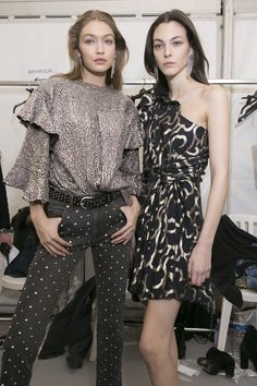 Isabel Marant Fall 2017 Fashion Show Backstage, Paris Fashion Week, PFW, Runway, TheImpression.com - Fashion news, runway, street style, models