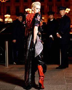 Kristen @emmanuellealt @karllagerfeld @vogueparis via @troy_wise @5by5forever #VogueParis #KristenStewart #EmmanuelleAlt #KarlLagerfeld #celebritystyle #fashion #fashioneditorial #fashionphotography #editorial #photography #style #femalebeauty #femalestyle #femalefashion #beauty #luxury #january2017 #ia #instalike #instastyle #instafashion #iawoman #instabeauty #imageamplified #rickguzman #troywise http://ift.tt/2hnUGnA