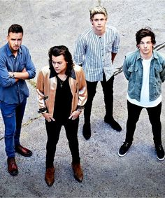 one direction, liam payne, and niall horan image One Direction Lyrics, Wallpaper One Direction, One Direction Fotos, Four One Direction, One Direction Photoshoot, One Direction Pictures, One Direction Memes, 0ne Direction, One Direction Outfits