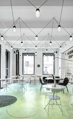 A really funky way to display dropcap pendants. Our plumen range would look great laid out like this <3 #lovelighting