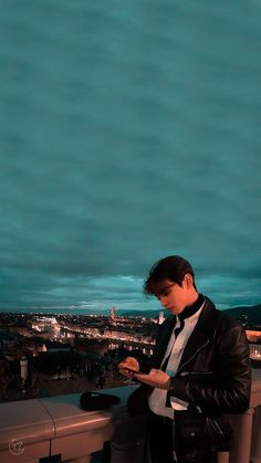 Cute Asian Guys, Cute Guys, Cha Eunwoo Astro, Astro Wallpaper, Korean Drama Best, Feeds Instagram, Lee Dong Min, Handsome Korean Actors, Korea Boy