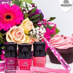 #alessandro #alessandroGR #alessandrointernational #alessandronails #notd #manicure #nailpolish #pedicure #gel #striplac #lacsensation #nailcare #beauty #nailsoftheday #perfectnails #ilovenails