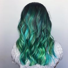 """91 Likes, 6 Comments - Balayage Vivids Unicorn Hair (@jamisonsayshello) on Instagram: """"I meet some of the best people! Thank you @__k.parra for trusting me with your virgin mane! Lifted,…"""""""
