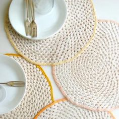 Granny Circle Placemats crochet pattern