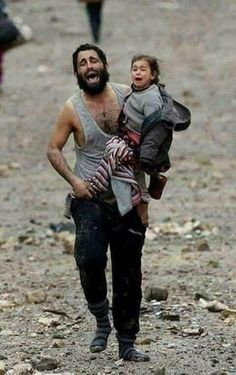 New Children Sad Photography God Ideas Poor Children, Save The Children, Kinder In Not, Refugee Crisis, War Photography, Powerful Images, People Of The World, My Heart Is Breaking, Photojournalism