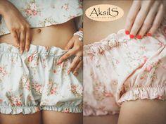lingerie Aksils. Bloomers