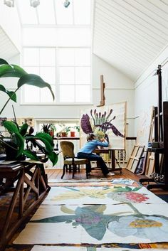 Inside The October Issue is part of garden Art Studio - A grand Victorian country house, an airy Manhattan house, a country retreat in the South of France, the studio of artist Sarah Graham and more in House & Garden's October 2016 issue Home Art Studios, Art Studio At Home, Artist Studios, House Studio, Art Studio Spaces, Studio Studio, Art Spaces, Studio Living, Garden Studio