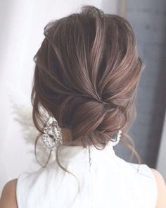 42 Gorgeous Wedding Hairstyles---Prom Hairstyles For Long Hair, elegant updo wed. Gorgeous Wedding Hairstyles---Prom Hairstyles For Long Hair, elegant updo wedding hairstyles for short hair or medium length hair. Formal Hairstyles For Long Hair, Down Hairstyles, Straight Hairstyles, Bridal Hairstyles, Indian Hairstyles, Beautiful Hairstyles, Updos For Thin Hair, Medium Length Wedding Hairstyles, Fringe Hairstyles
