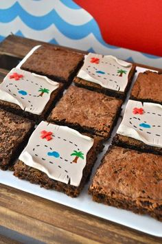 Neverland Pirates Party: fondant treasure map brownies