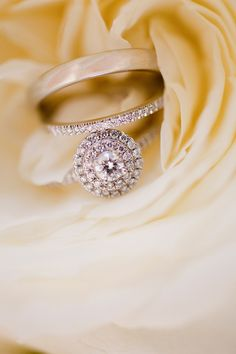 Wedding Pictures Must Have Rings Engagement Photos 52 Ideas Engagement Ring Photography, Engagement Ring Photos, Wedding Photography, Must Have Wedding Pictures, Glamorous Wedding, Wedding Blog, Wedding Ideas, Wedding Jewelry, Bridal Jewellery