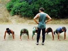 Muscular strength fitness: The Best Bootcamp Exercises Military Training, Race Training, Interval Training, Training Quotes, Training Workouts, Training Videos, Training Programs, Training Tips, Strength Training