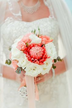 How to Choose the Perfect Wedding Flowers - WeddingLovely Blog