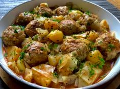 Gołąbkowa patelnia - pyszne danie jednogarnkowe! - Blog z apetytem Fast Easy Dinner, Easy Dinner Recipes, Easy Meals, Kitchen Recipes, Cooking Recipes, Healthy Recipes, Bean Soup Recipes, Fast Dinners, Meatball Recipes