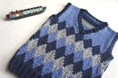 Children hand knitted wool vest Knitted Toddler Vest Boy
