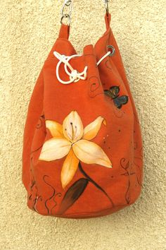 Summer Cotton Vegan hand painted orange lily and butterflies shoulder bag by AtelierGOBI on Etsy Unique Bags, Bucket Bag, Butterflies, Lily, Hand Painted, Shoulder Bag, Vegan, Orange, Trending Outfits