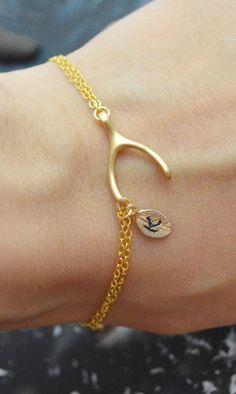 Lucky Wishbone Bracelet //