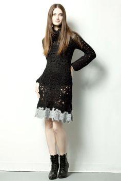 QUEEN DRESS $220.- crochet in black & gray by Espiritu Folk. Queen Dress, Knitwear, Black And Grey, Goth, Crochet, Collection, Dresses, Design, Style