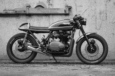 Nr.3 Kawasaki KZ750B1