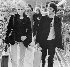 Ringo, Maureen, Paul, & Jane on their way to join the others at the retreat in India