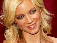 Amy Smart is an American fashion model and television-film actress and was well known for her variety of modeling and roles. She was born in California on 26th March 1976. Her father John Smart was a salesman and her mother Judy worked at museum.