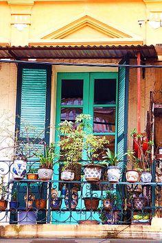 Hanoi, Vietnam... Wanna go here