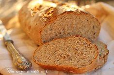 Paine neagra cu seminte de in - final Banana Bread, Food And Drink, Vegan, Breads, Desserts, Recipes, Home, Diet, Postres