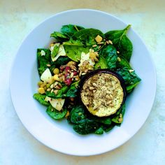 Greeneiro: Spinach with eggs, goat cheese and aubergine / Szp...